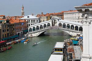 Venice-Rialto-Bridge-Cam-(Italy)