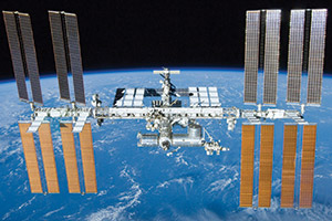 ISS-LIVE-HD---NASA-TV-(Space)